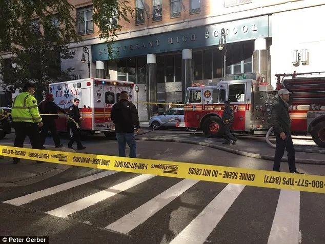万圣节纽约曼哈顿发生恐击至少8人死亡 29岁嫌犯被捕