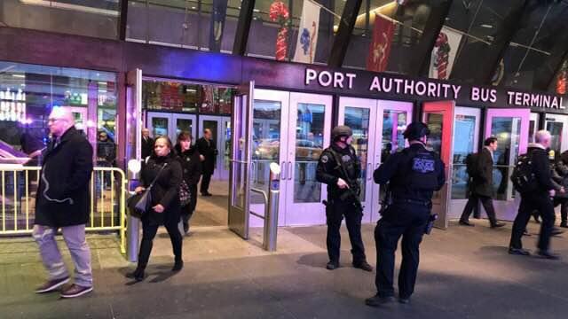 纽约时代广场附近发生爆炸 嫌犯来自孟加拉
